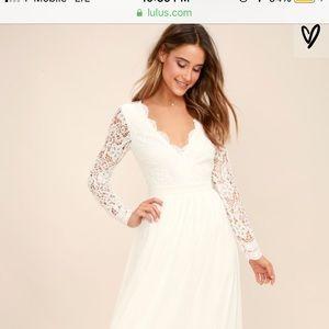 BEAUTIFUL WHITE LACE BRIDAL MAXI DRESS